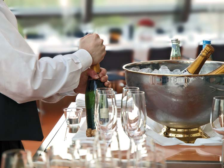 vierlaender-landhaus-champagner-prosecco-sekt-getraenke